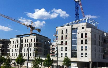 Depuis près de 60 ans, Groupe Y accompagne les professionnels du bâtiment dans la gestion et la pérennisation de leur activité.